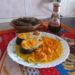 Тушеная горбуша с морковью, луком и лимоном